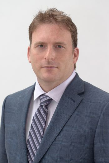 portrait of david ertl lilly llp toronto lawyer in blue suit